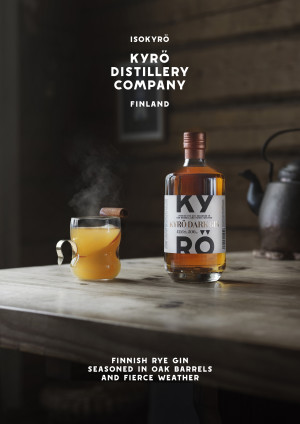 KDC_Kyr%C3%B6-Dark-Gin_Hot-Serve_500ml_VERTICAL-with-COPY.jpg