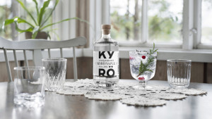 KDC_Kyro-Napue-Gin_500ml_16-9-1-scaled.jpg