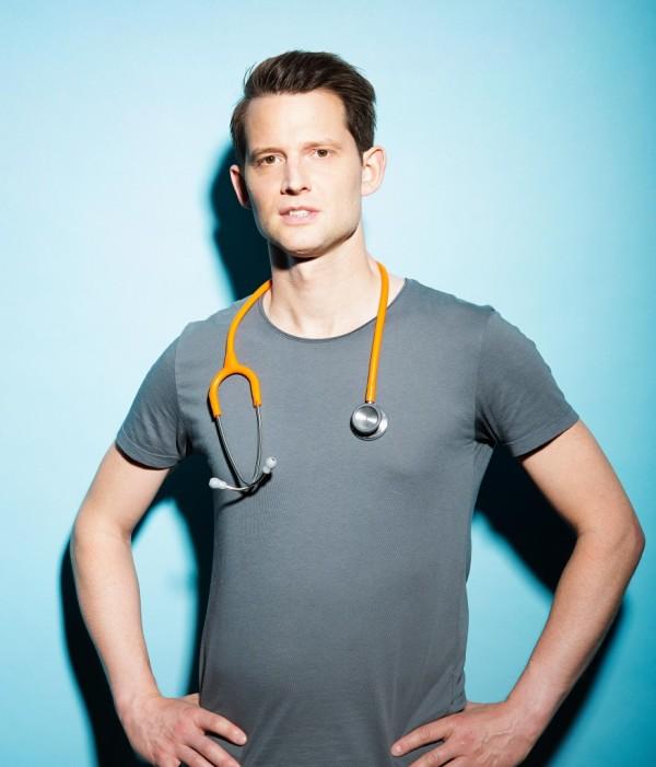 "Fabian Unteregger ""Doctor games"""