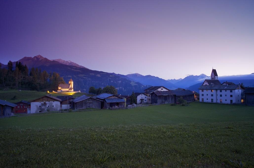 Führung im Rahmen des 2. Musikfestivals Bündner Barock: Auf den Spuren der megalithischen Kultstätte