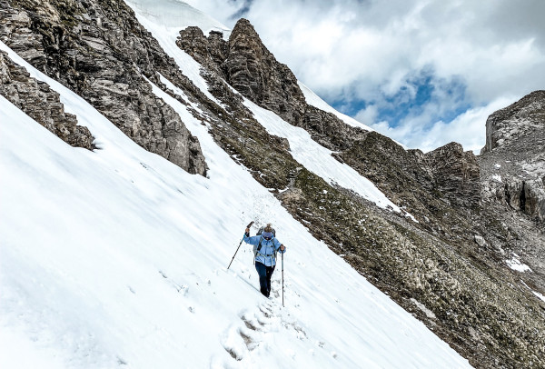 Conversation with hiker Christina Ragettli