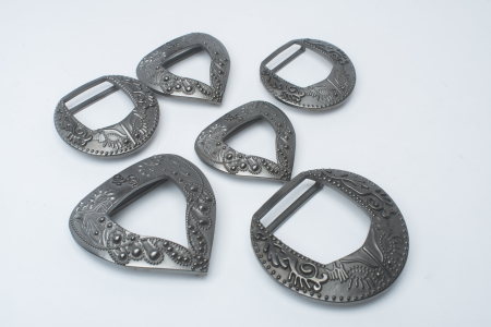 Metal plated belt buckles