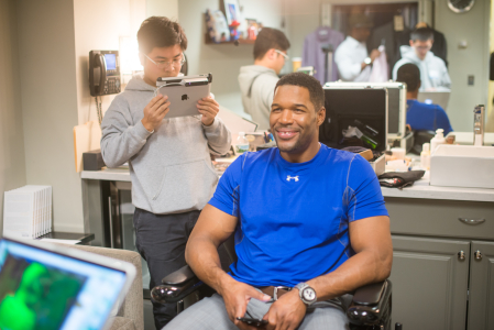 3D scanning Michael Strahan