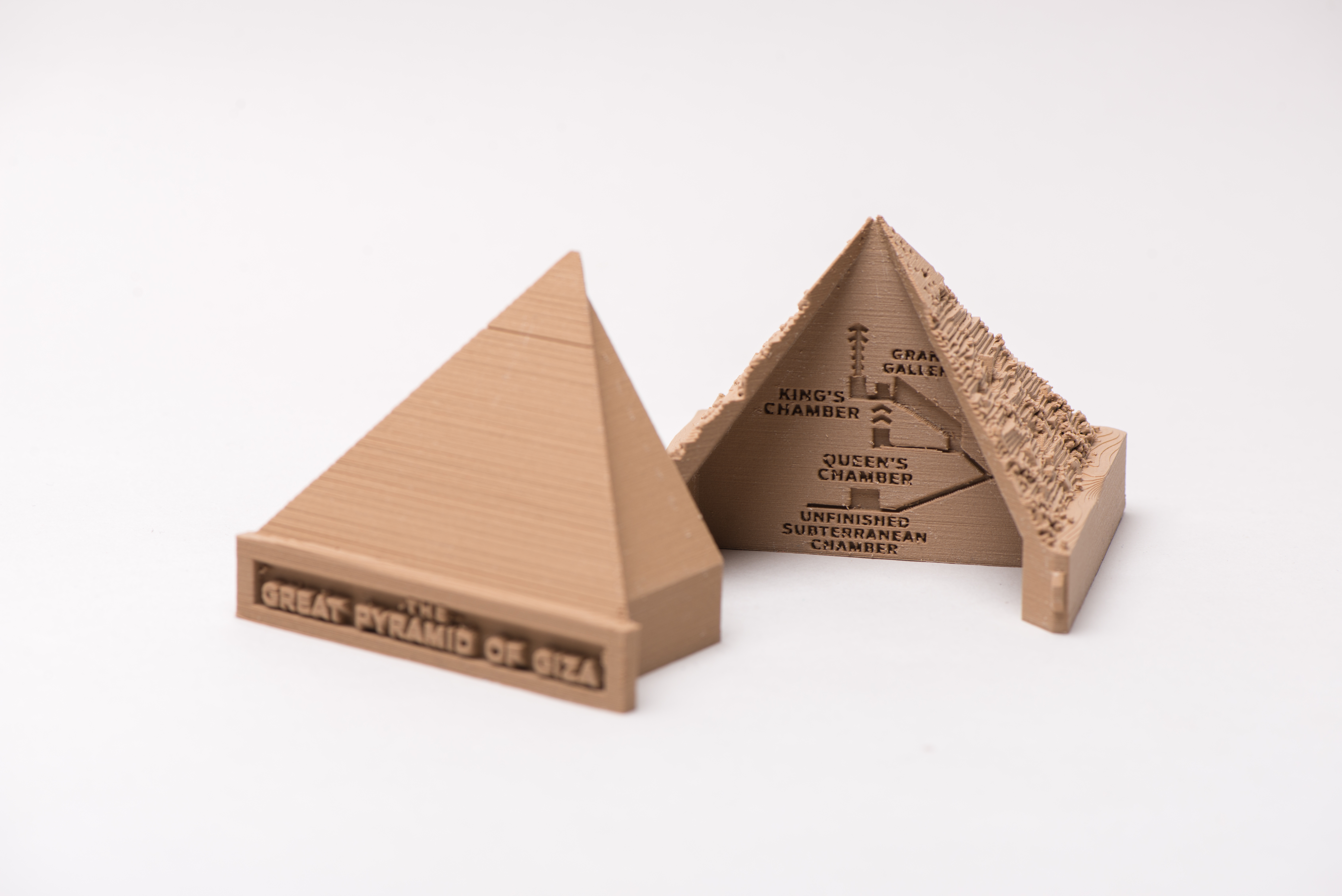 3D printed pyramid of giza on pla plastic