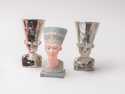 3D printed nefertiti sculptures.