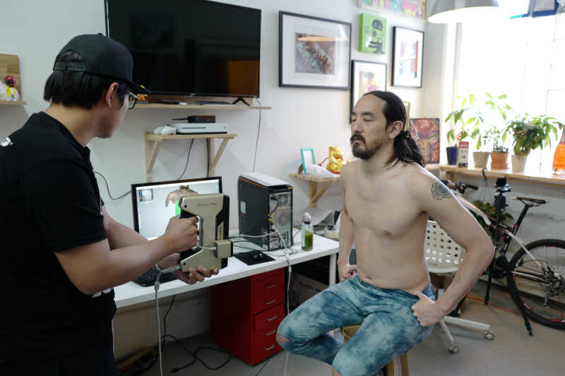 Steve Aoki getting 3D Scanned