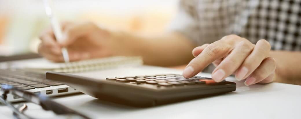 How to Calculate APR on a Car Loan