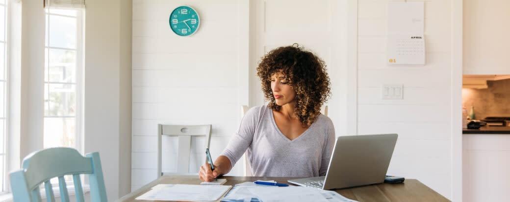 Invoice Financing vs. Invoice Factoring