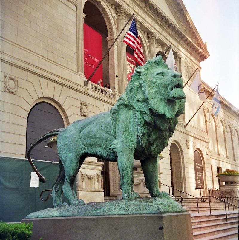 Art Institute of Chicago Lion Statue
