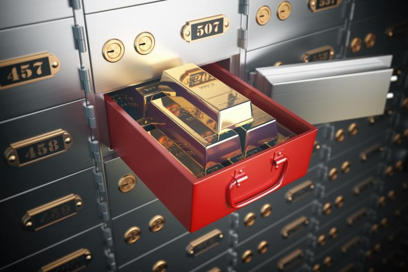 10 Things To Put (And Not Put) In A Safe Deposit Box
