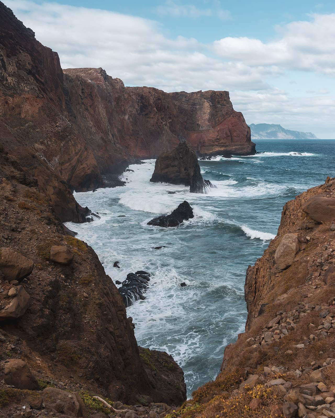 Ponta de São Lourenço is all about rugged landscapes, stunning sceneries, and interesting rock formations.
