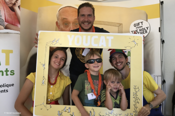 YOUCAT - called to serve in Lourdes (1)