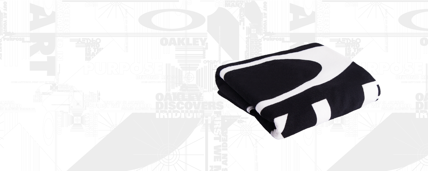oakley optical 23os  RECEIVE A COMPLIMENTARY OAKLEY BEACH TOWEL