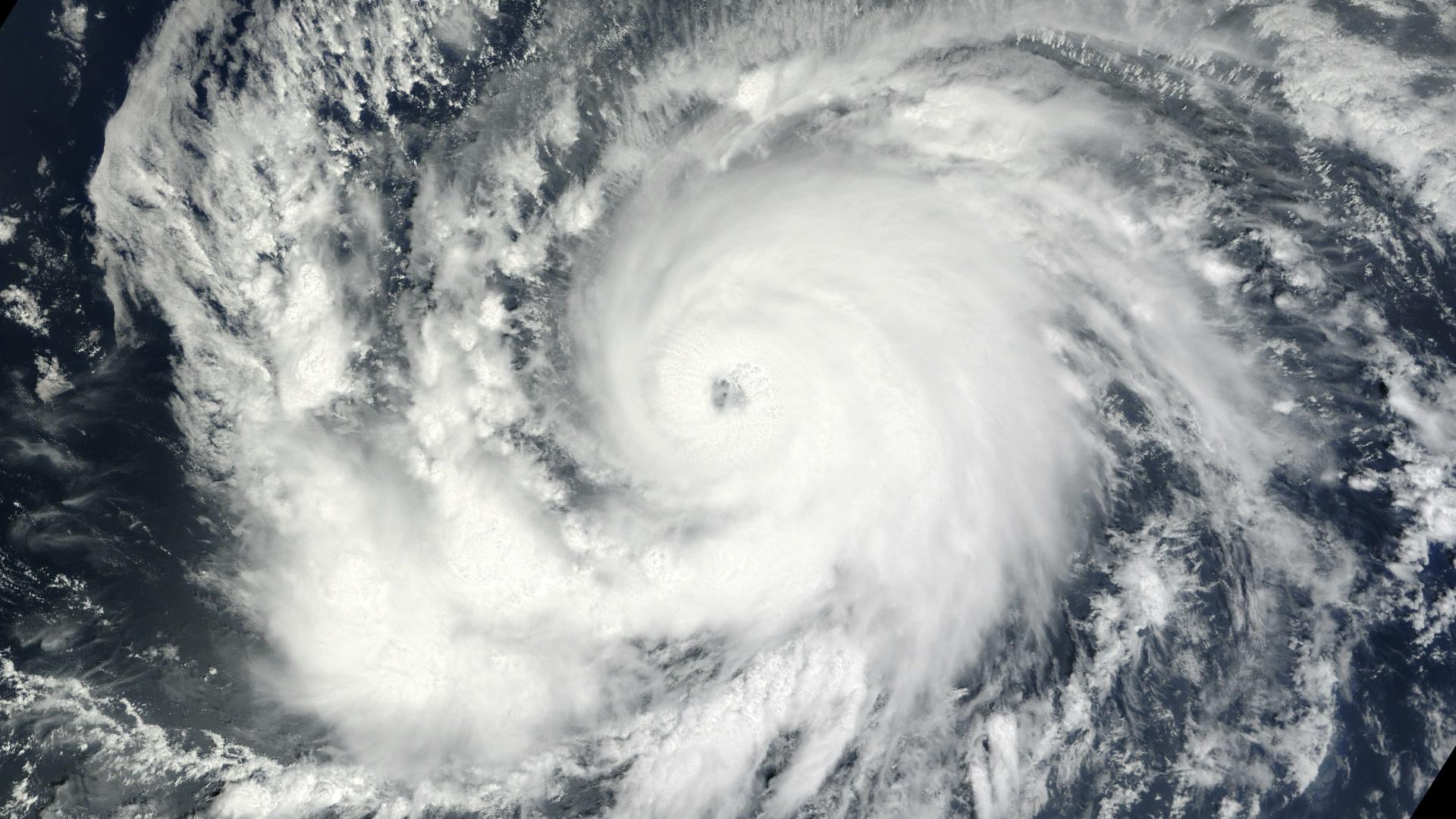 10103802 motionelements cyclone hurricane typhoon 0241