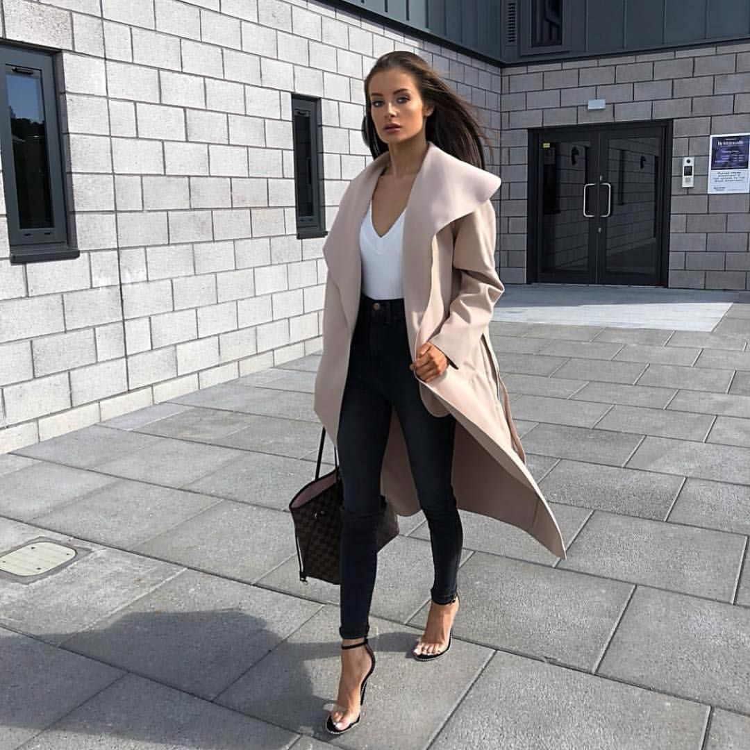 walkin' into #monday like🔥 our gal @brionygorton lookin' unreal in our new priah stone waterfall jacket 🧥 Tap to shop all colours☝🏽#misspap #misspapped #instagood #instafashion #instastyle #fashion #style #coats