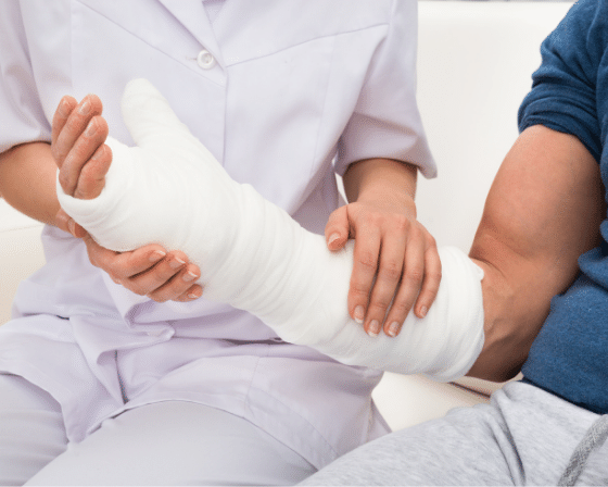 What happens if your fractured hand is not getting proper treatment?