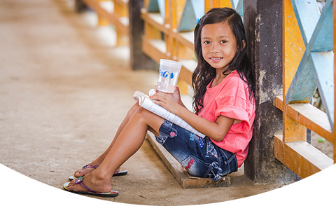 CSDW How you can help girl studying clean water cup