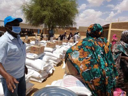 توزيع مساعدات غذائية لمدة 3 شهور على اللاجئين الحضريين في الفاشر بولاية شمال دارفور (مفوضية الأمم المتحدة لشئون اللاجئين ، مايو 2020)