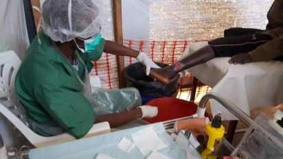 Traitement de plaies ulcéreuses par Médecins Sans Frontières - © MSF Belgique