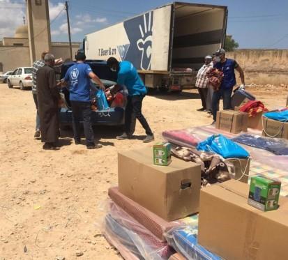 Rapid Response Mechanism distribution near Garabolli, Tripoli for 1,600 displaced people from Tarhuna clashes (WFP)