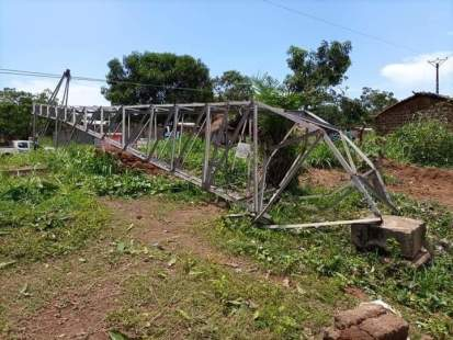 One of the electricity pylons in Danzi village that fell during the torrential rains on 23 April 2021. ©Third party, Danzi, CAR, 2021.
