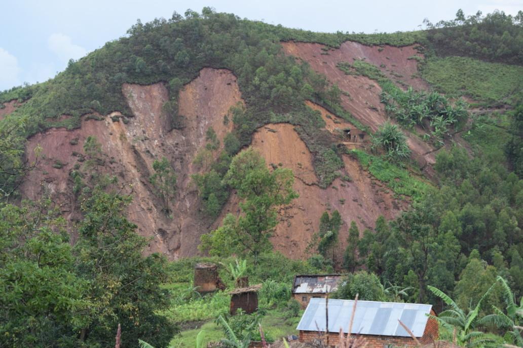 Colline Nyempundu, glissements de terrain suite aux précipitations abondantes Photo ©Annick/OCHA Burundi Décembre 2019