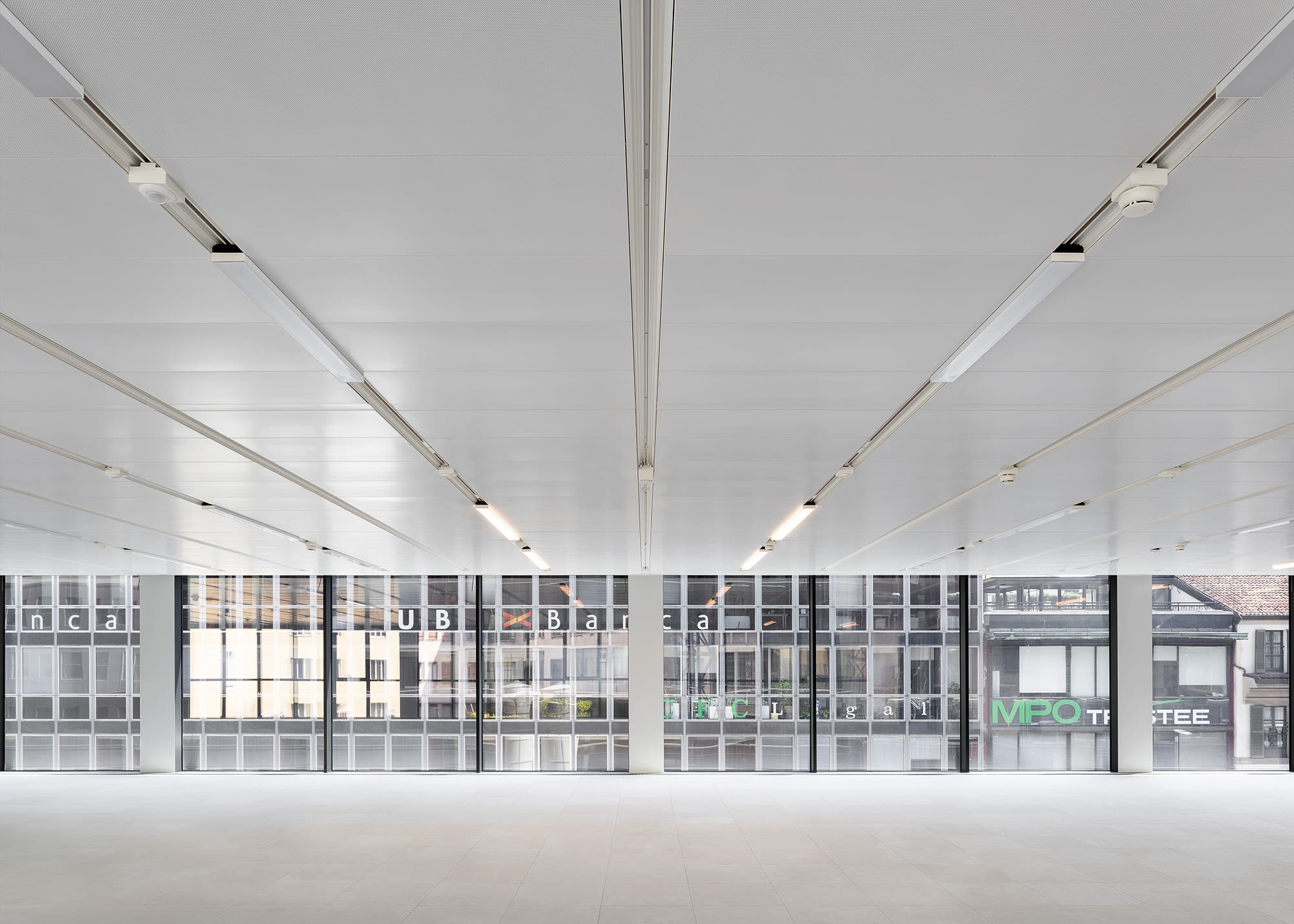 Antonio Citterio Patricia Viel offers a glimpse of tomorrow's working space