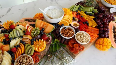 Jess Sepel shows us her healthy version of an antipasto platter