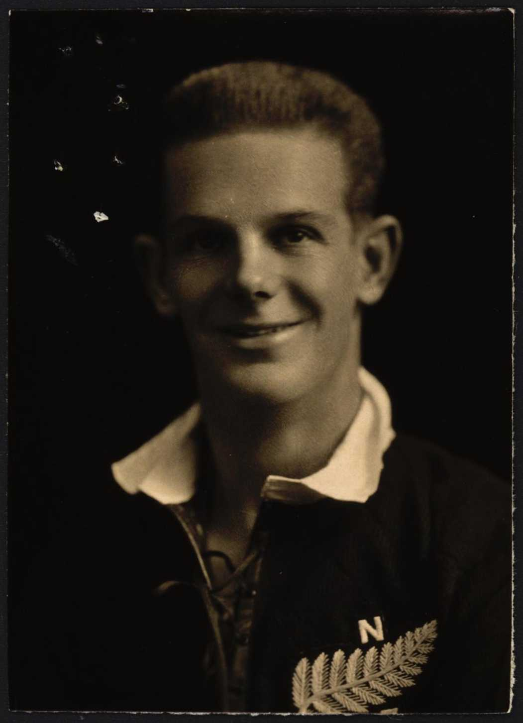 Frederick William Lucas passport photo