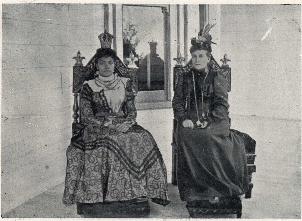 Black and white photo of Mrs Seddon and the Queen of Tonga, seated
