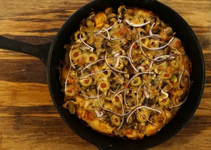 Recipe: Cast Iron Pan Pizza