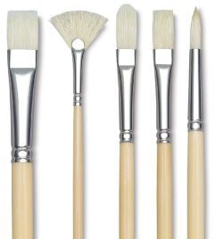 Raphael Extra White Bristle Brush - Round, Long Handle, Size 22