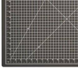 Dahle Self-Healing Cutting Mat – Black, 18'' x 24''