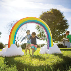 Hearthsong Inflatable Rainbow Arch Sprinkler