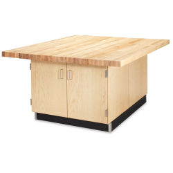 Diversified Woodcrafts 4-Station Workbench - Without Vises