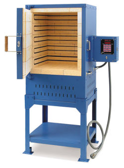 Paragon Iguana Digital Front-Loading Kiln, 208V-1PH - 208V, 1PH, 22 1/2'' x 18'' x 18''