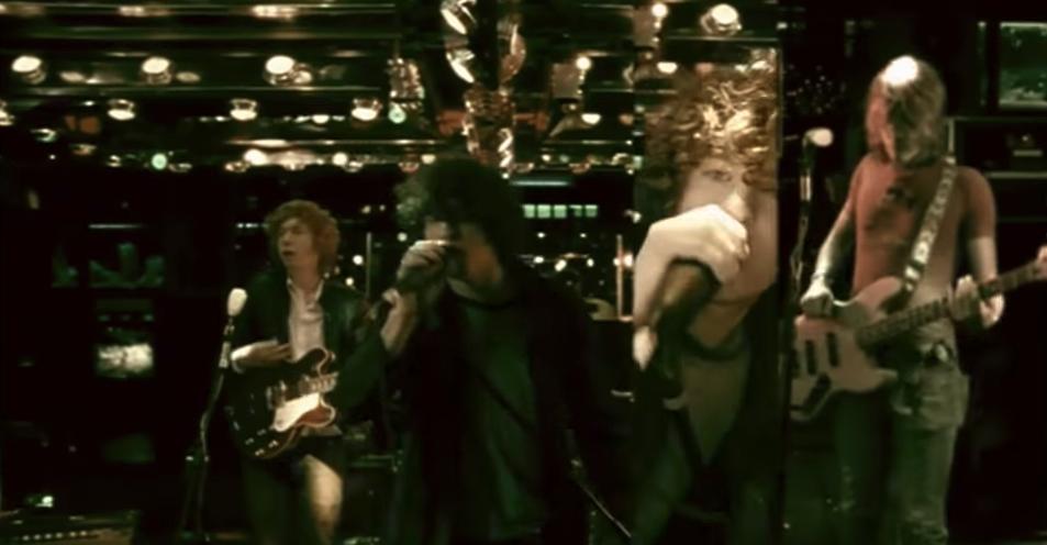 Music video screenshot: The Kooks - Sofa Song