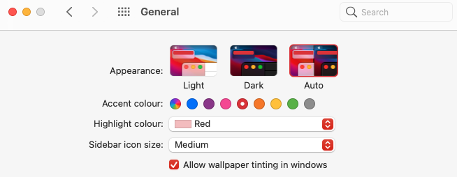 General macOS settings showing the Apperance settings with the options: light, dark and auto