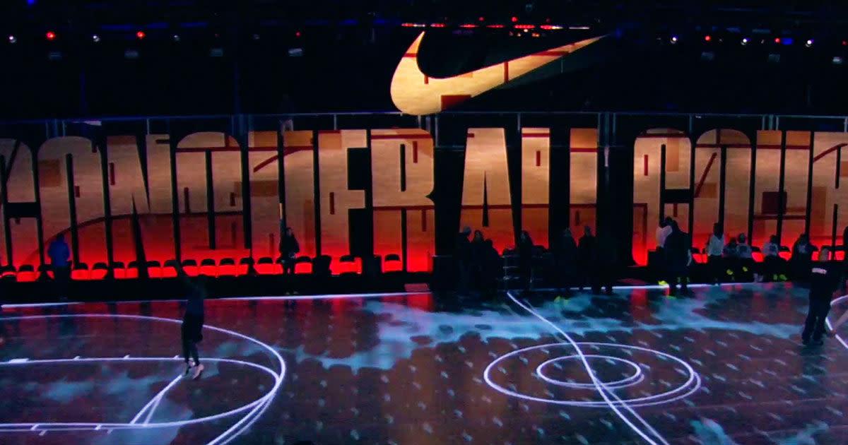 Nike - Nike Zoom City Arena