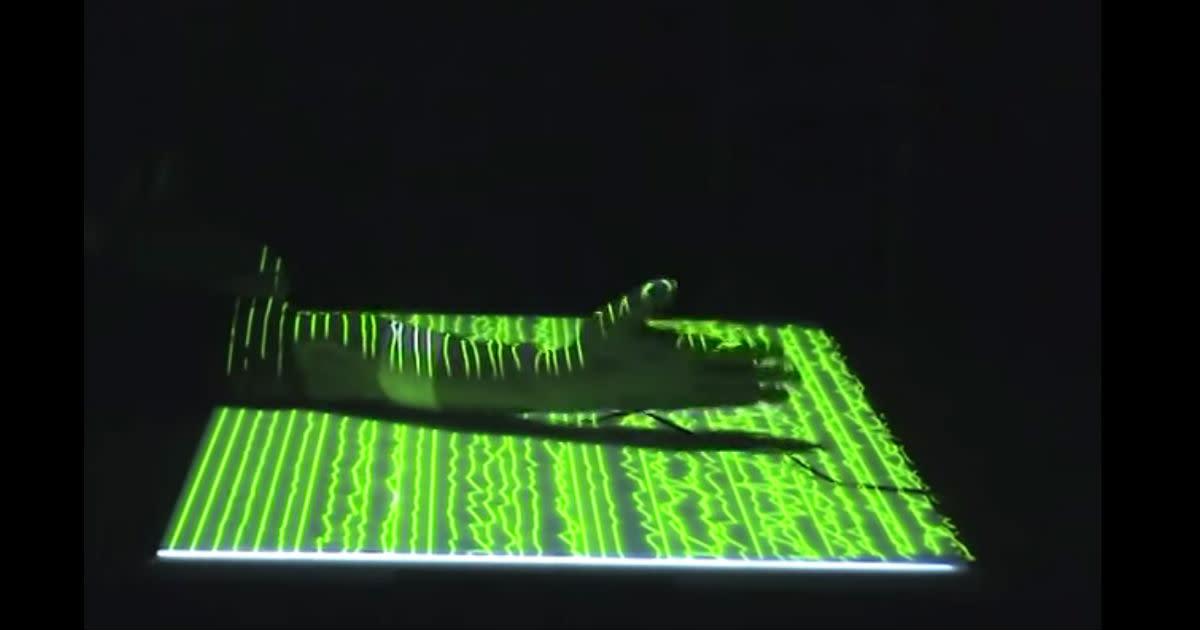 Daito Manabe - myoelectric sensor test