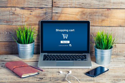How ecommerce businesses can build relationships with customers