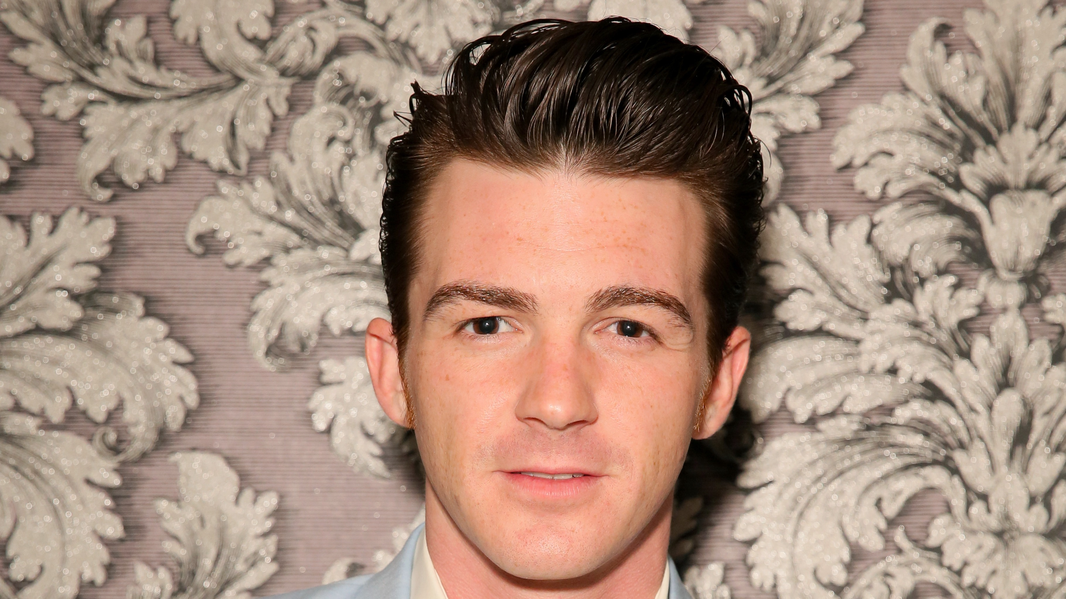 Former Nickelodeon Star Drake Bell Pleads Guilty To Child Endangerment And Is Convicted