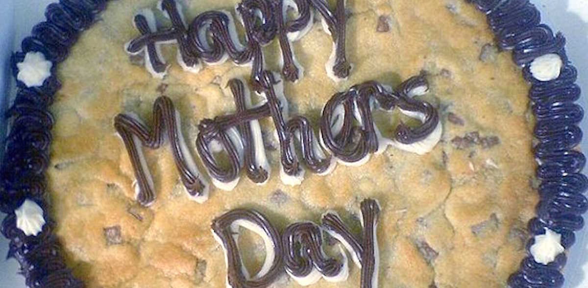 11 Of The Worst Mother's Day Gifts Ever Given | LittleThings.com
