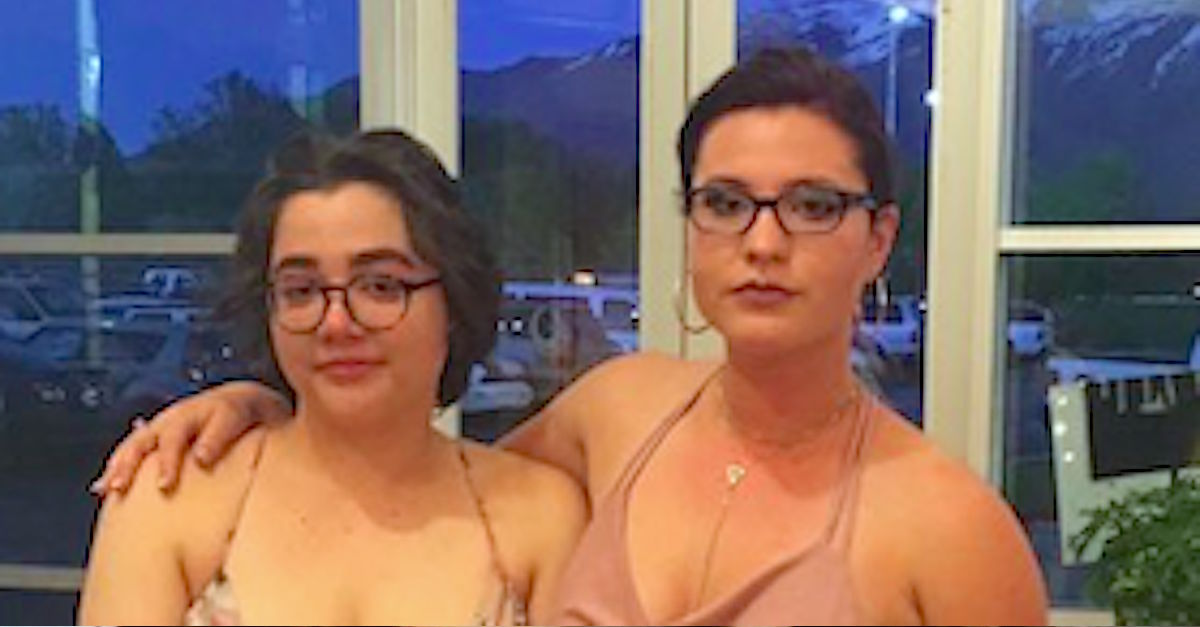 Teen Is Humiliated For Wearing Her Signature Dress At Prom So She Writes An Open Letter