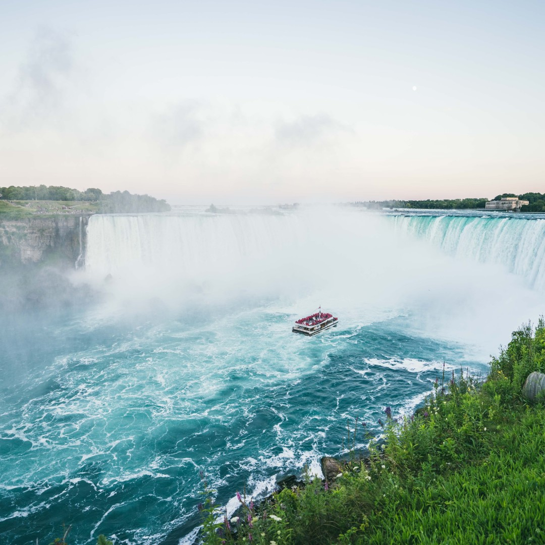Swoop | a picture of Niagara Cruises Voyage to the Falls tour near Hamilton and London