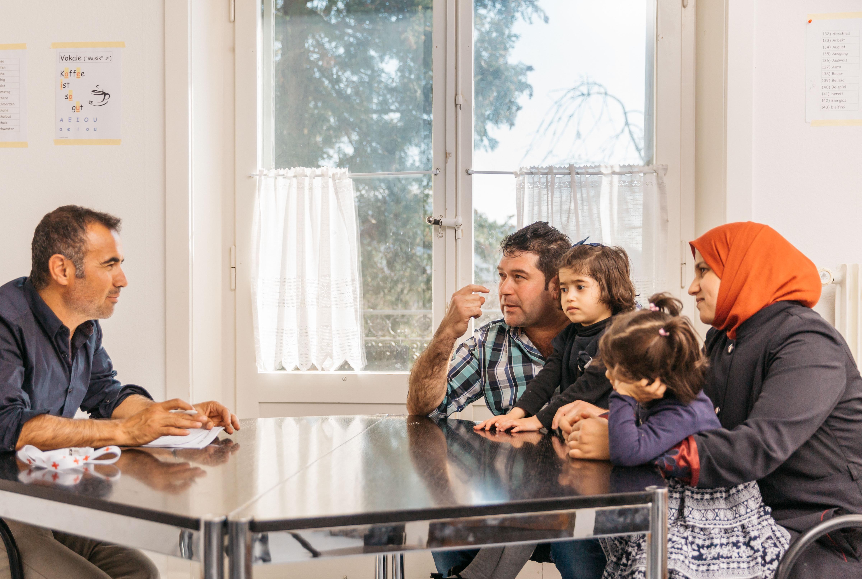 Themenbild Lebens-und-Alltagsfragen-III zuschneiden-nur-Familie