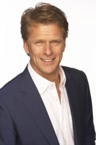 Andrew Castle has a career history unlike any other - former professional tennis player, radio presenter and television broadcaster, he is a man of many talents. As a professional tennis player, Andrew was ranked as UK No1 in the mid eighties and went on to win three ATP Doubles titles. Despite his success, Andrew's preferred playing surface was to prove to be the TV studio, where after he hung up his tennis shoes, Andrew became a household name. Starting as a commentator for Sky, he joined the GMTV morning show in 2000, a role which he held for an entire decade. Following his presenting at the Aegon Championships, the Davis Cup and the French Open, Andrew and his commentating team were nominated for a BAFTA.