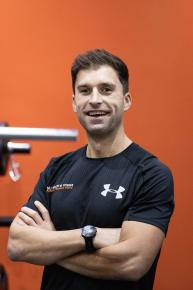 Mike is an advanced personal trainer and level one British Triathlon coach - which means this guy is the business when it comes to endurance training. With over ten years experience in the fitness industry, helping clients achieve their fitness and personal goals, Mike has worked with elite athletes through to first time joggers. From Commonwealth competitors, Great British triathletes, Welsh hockey pros through to clients who are looking to lose weight and gain muscle mass, Mike is a great motivator and tailors every session and PepTalk to his clients needs.