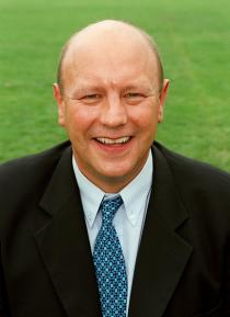 Dick coached the British & Irish Lions on their 1993 tour to New Zealand and England for 17 games from 1991, winning the Grand Slam in 1992.  After successfully coaching Harlequins and London Irish at club level, Dick moved into sports management in 2000, establishing Inside Rugby - a leading sports management agency, and as a elite player management specialist, he has successfully managed the careers of several of the biggest names in world rugby, including Sir Ian McGeechan.