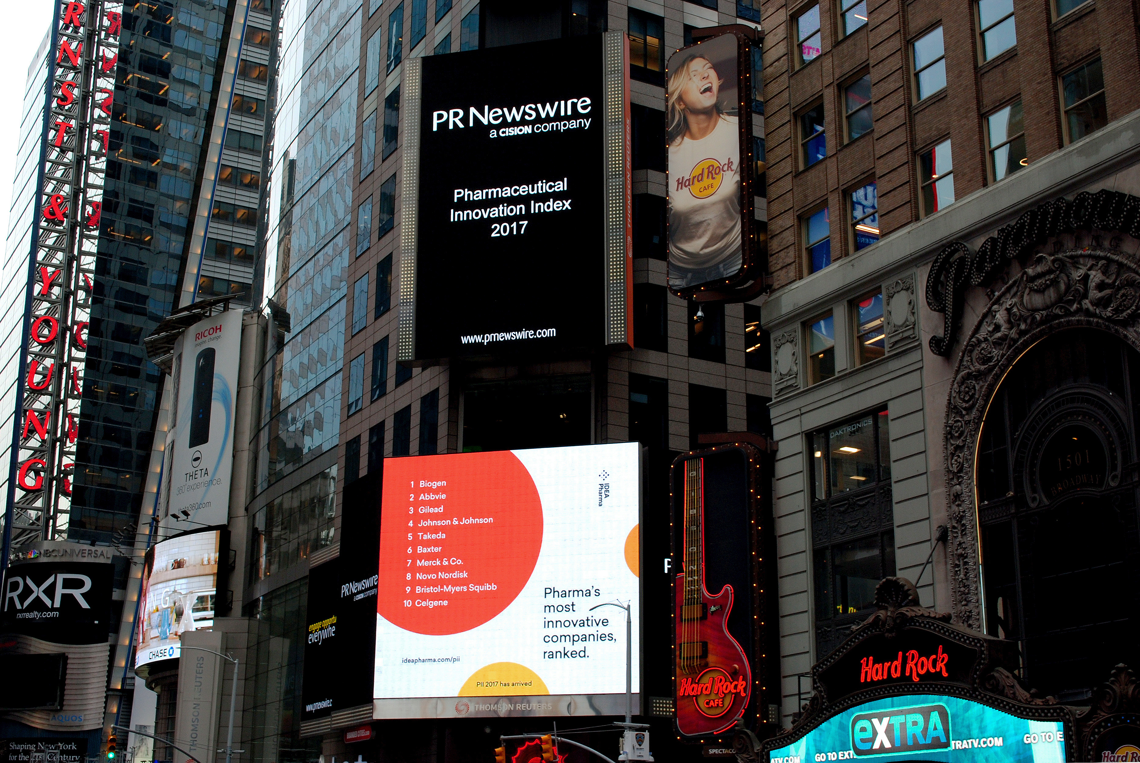 IDEA-Pharma TimesSquare PII2017 side forJunkie